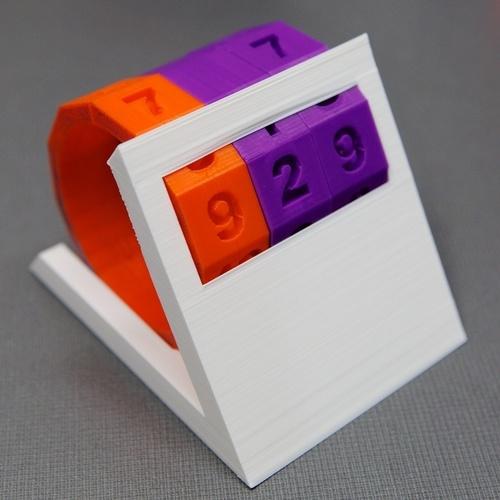 container_perpetual-desktop-month-day-calendar-3d-printing-80368